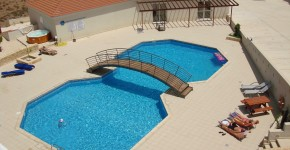 Modern homes swimming pool designs ideas. (2)