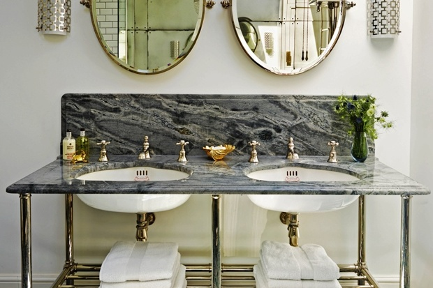 Scrub up a bathroom in the latest style